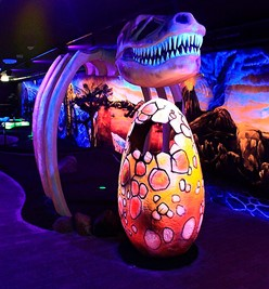 Large T-rex and egg at Rasti-Land Adventure Golf